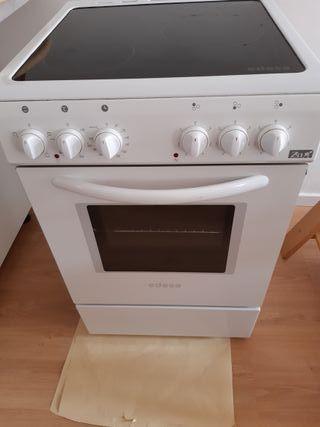 cocina vitrocerámica con horno EDESA Zen