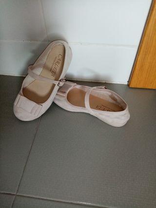 nuevas: zapatos niña beig talla 30
