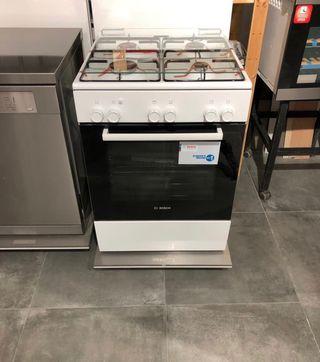 Cocina de gas y horno eléctrico BOSCH