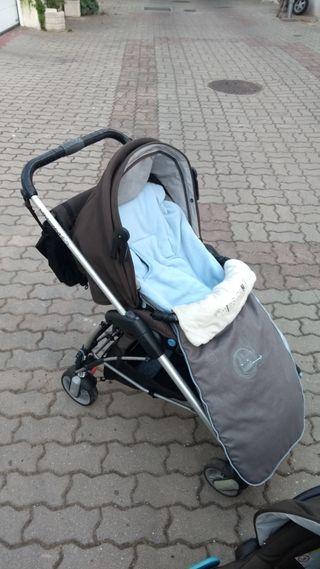 Maxicosi, silla bebe y capazo bebé confort
