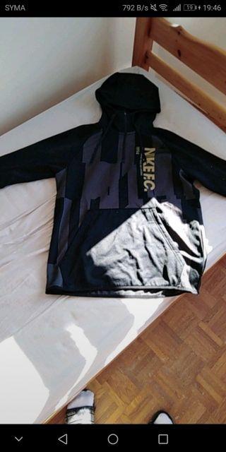sweat Nike taille L