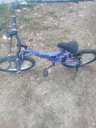 bicicleta de niño de 20 pulgadas