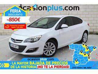 Opel Astra 1.6 Sedan Selective 85 kW (115 CV)