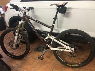 Bicicleta de enduro merida one sixty