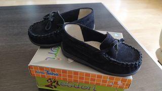 Zapatos niños.