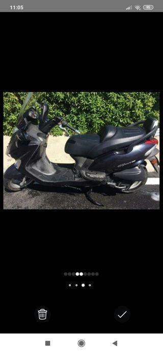 Moto Kymco 125