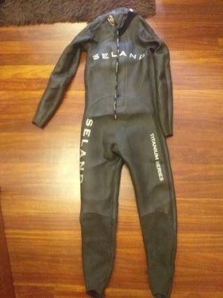 traje neopreno natación y triatlón