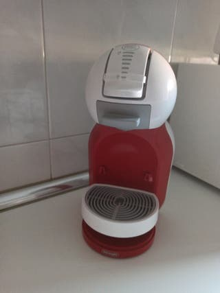 Cafetera cápsulas Dolce Gusto