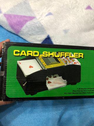 Barajador de cartas nuevo