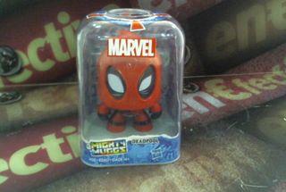 Figura deadpool Marvel