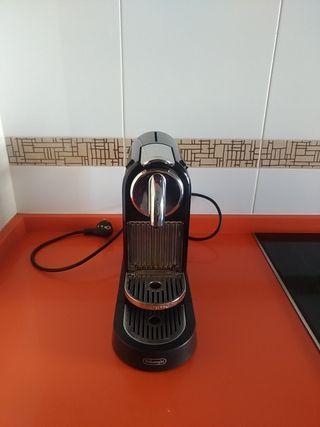 Cafetera Nespresso Delonghi Citiz