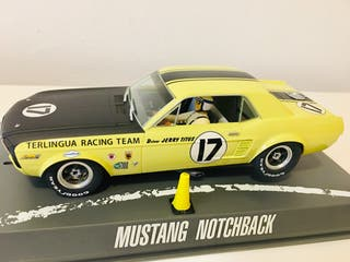 SCALEXTRIC PIONEER MUSTANG NUEVO