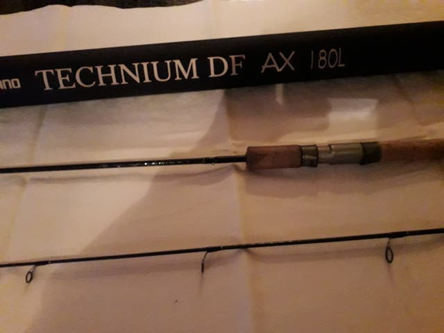 Caña spinning shimano technium DF AX 180L