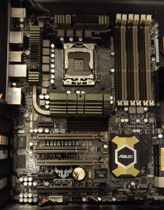 Placa Base Asus Sabertooth X58