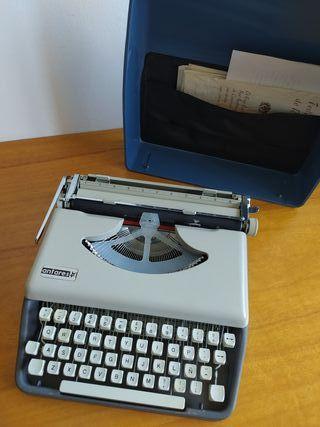 Máquina de escribir antigua ANTARES 70's