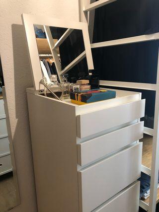 Cómoda Cajonera IKEA MALM
