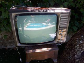 televisión antigua Philips