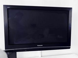 TV Panasonic 37 pulgadas + soporte pared