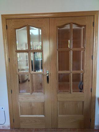 Puerta madera y cristal