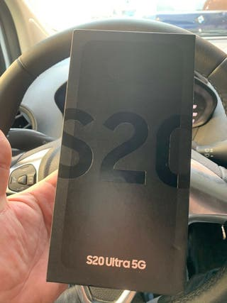 Samsung Galaxy S20 Ultra 5G + Samsung Buds 128GB