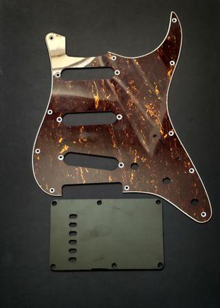 Pickguard Golpeador Fender Squier Stratocaster