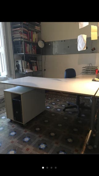 2 Mesas despacho forma L y books a conjunto