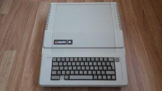 Ordenador vintage Apple IIe PAL