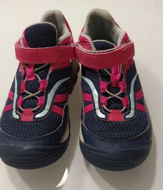 Zapatillas niña T. 30