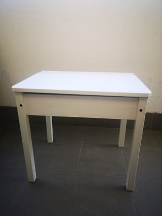 Pupitre /escritorio para niños madera.