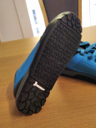 zapato Shimano Gr 700