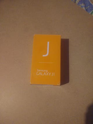 teléfono móvil Samsung Galaxy J1
