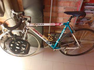 vendo bicicleta de carretera seminueva
