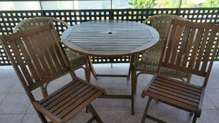 Mesa redonda teka de terraza o jardín mas 4 sillas