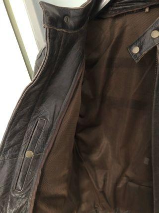 Cazadora de cuero vintage marron