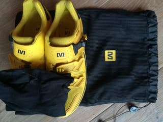 Zapatillas Mavic de carbono.