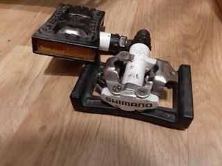 Pedales automáticos Shimano y plataformas