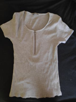 Camiseta Gris cremallera