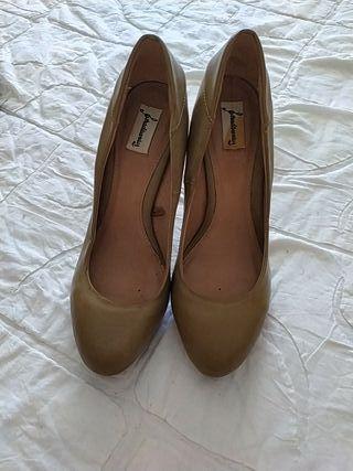 zapato stradivarius