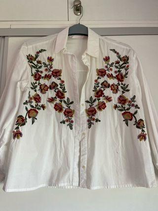 Camisa de flores Zara
