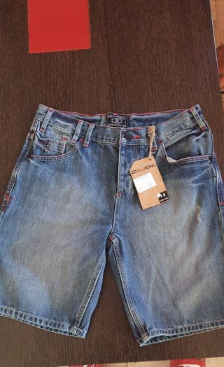 se vende pantalon billabong