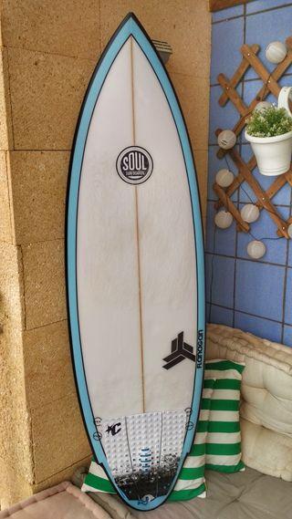 """Tabla de surf Soul """"Flying twin""""."""