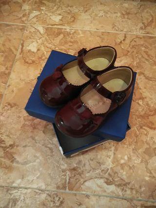 zapatos de charol(burdeos)