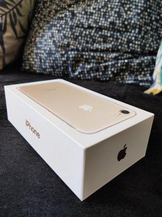 Apple iPhone 7 - Color Oro en su caja