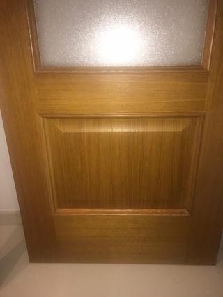 puerta de madera maciza roble