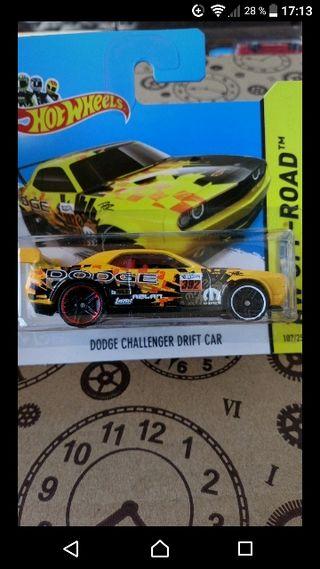 Dodge Challenger drift car Mopar 2014