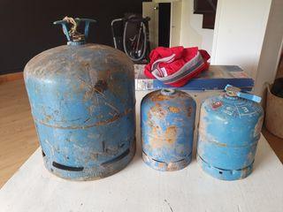 3 bombonas camping gas
