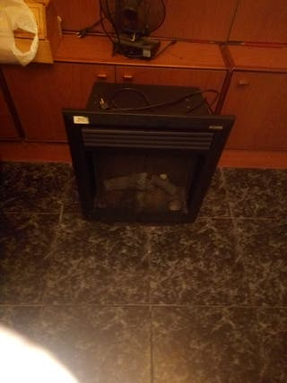 estufa eléctrica con pantalla de fuego