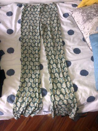 Pantalones elásticos de piñas