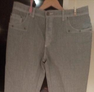 Pantalones De Chica Talla 46 De JARMAN