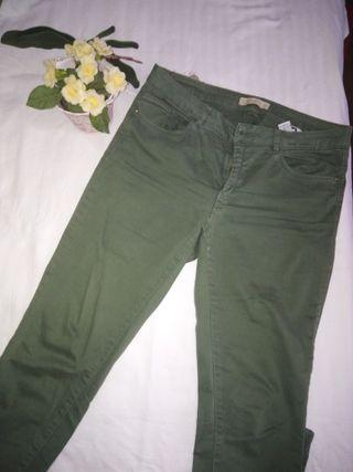 Pantalón Zara talla 42